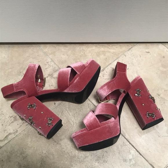 7661f06942e5be Circus by Sam Edelman Shoes